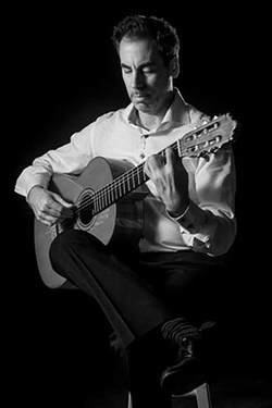 tomas-rodriguez-solo-guitar-bw